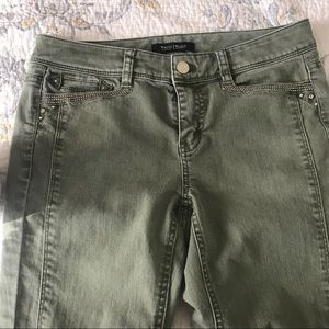 White House Black Market Green Slim Ankle Jeans 0R